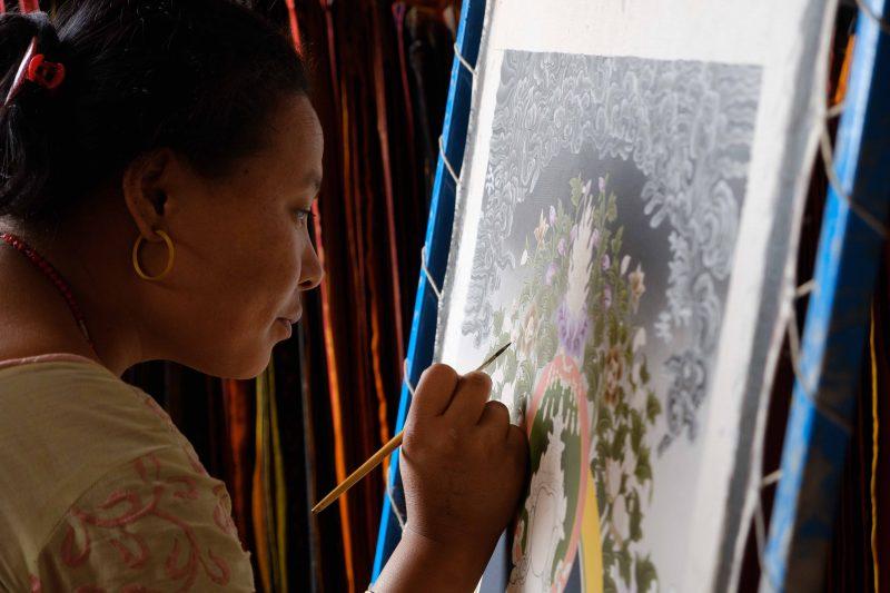 Mujer artesania Patan